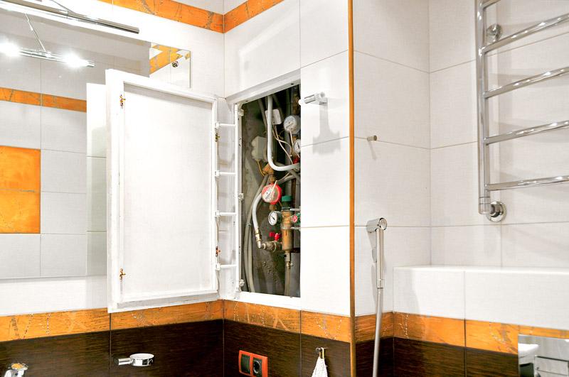 Ревизионный люк в ванной комнате